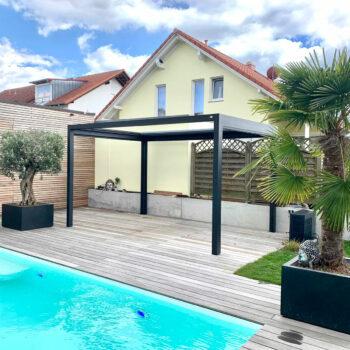 Schlichtes Terrassendach für perfekten Schutz.