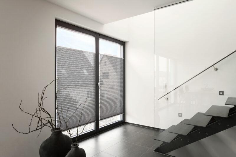 Die optimale Fensterbeschattung mit Schutzlösungen der Marke MHZ.