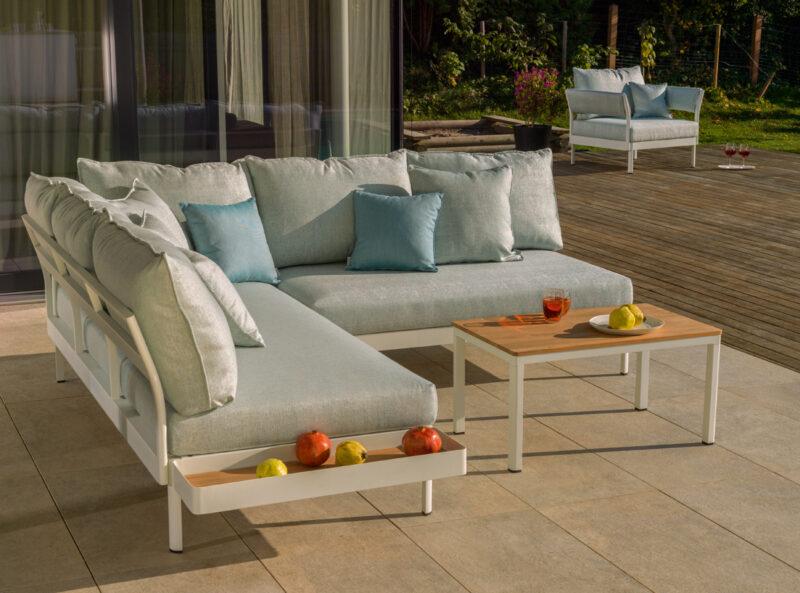 Super bequeme Outdoor-Couch zum Wohlfühlen.
